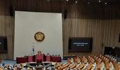 민주당, 국회 상임위원장 독식…여야 합의 전통 35년만에 깨져